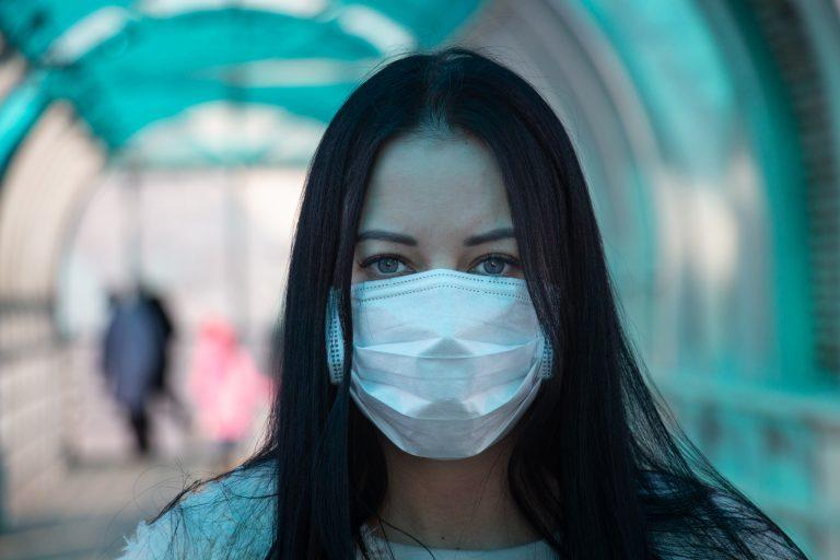 Czy każda tkanina antybakteryjna ma właściwości tkaniny medycznej?